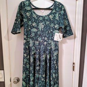 LuLaRoe Dresses - Lularoe Nicole dress.
